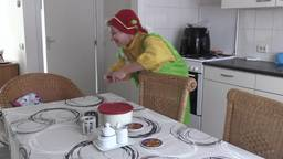 Clown Fie helpt kinderen met autisme