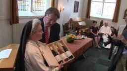 Eerste oogst van Goddelijke wijn uit Oosterhout krijgt direct al een hoge Brabantse onderscheiding