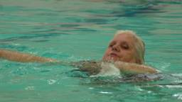 Studenten TU/e demonstreren zwembaddrone maar dat verloopt niet vlekkeloos