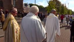 Oude tijden herleven: na meer dan 50 jaar heeft Sprundel weer een processie