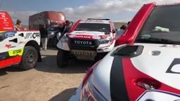 D'n Dakar van Ronald en Twan: zo ziet de start van een Dakar-etappe eruit