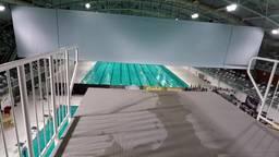 Divingcup: Jump mee van tien hoog keihard als een raket naar 'benee'