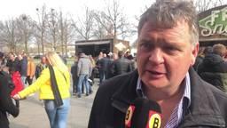 Karel Dictus over de vermiste en nieuwe vlag.