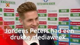 Drukke mediaweek voor Willem II-captain Jordens Peters: 'Ik hoop niet dat mensen Jordens-moe worden'