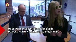 Leerlingen in Bergen op Zoom houden hun zonnebril op tot er zonnepanelen op het dak van hun school komen