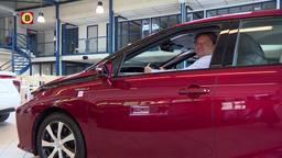 Jos is de eerste handelaar in tweedehands waterstofauto's: 'Voor de gewone man nog te duur'