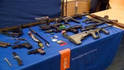 Honderden wapens in beslag genomen