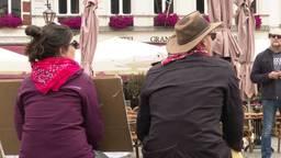 Lunchtijd is protesttijd tegen racisme voor twee 'anonieme' actievoerders in Bergen op Zoom