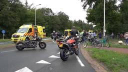 Fietser en motorrijder zwaargewond na aanrijding in Dorst, slachtoffers met spoed naar ziekenhuis