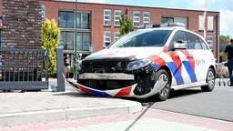 Man (34) rijdt in op drie agenten en ramt politiewagen in Kaatsheuvel