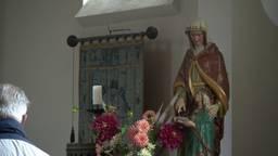 Op Sint Anna bidden voor een partner