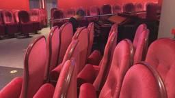 Nieuwe bestemming voor de rode theaterstoelen uit Den Bosch