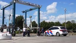 Auto van vermiste Bert de Laat met dode inzittende gevonden in het water in Drimmelen