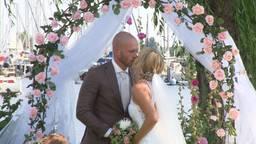 Rene en Alyssa trouwen bij tropische temperaturen