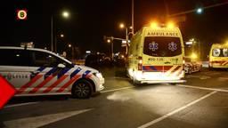 Taxi knalt frontaal op auto in Breda