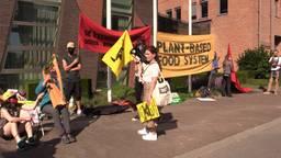 Dierenactivisten opgepakt bij ZLTO-protestactie