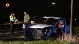 Automobilist uit auto geslingerd op N283 bij Meeuwen