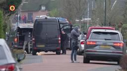 In een loods aan de Zandsteeg in Nieuwendijk is woensdag een werkend drugslab ontdekt