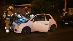 Auto verwoest met zwaar vuurwerk in Drunen
