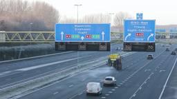 Rijkswaterstaat bestrijdt gladheid op snelwegen
