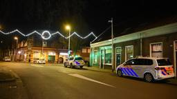 Automobilist rijdt agent aan in Tilburg en gaat ervandoor