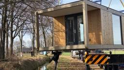 Eerste tiny house staat nu in de Peel, nog 9999 te gaan
