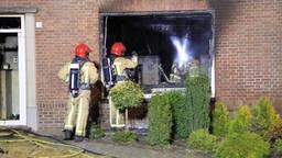 Huis in brand in Helmond, bewoonster met rollator weet op tijd buiten te komen