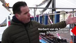 Protest op de weekmarkt in Roosendaal: marktkooplui willen weer onderbroeken en schoenen verkopen