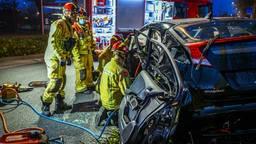 Man bekneld na botsing met auto in Eindhoven