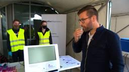 Fontys creëert eigen coronatest zonder neusswab