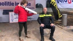 Politie voert in Tilburg een 'prikactie' voor een betere cao
