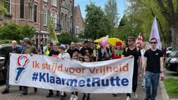 Honderden mensen demonsteren in Den Bosch tegen coronabeleid kabinet