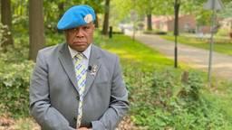 Eerste Witte anjerperkje voor Molukse veteranen komt in Vught