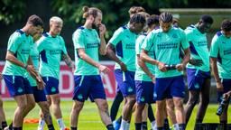 PSV trainde deze zaterdag voor het eerst openbaar dit seizoen