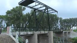 Historisch Biesboschbruggetje dat op instorten stond is weer als nieuw