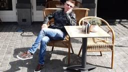 Gerrie Vermeulen op het terras (foto: privécollectie)
