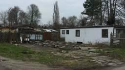De camping verkeerde in slechte staat en is jaren geleden in fases ontmanteld (archieffoto: Tom van den Oetelaar).