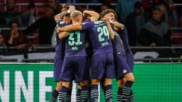 PSV viert een doelpunt tijdens de gewonnen supercup tegen Ajax (foto: ANP).
