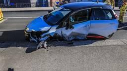 Eén van de beschadigde auto's (foto: Harrie Grijseels/SQ Vision Mediaprodukties).
