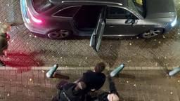 Beeld van de arrestatie in Den Haag (foto: Omroep West).