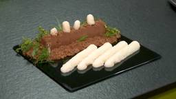 Met de geprinte asperges zijn vervelende sliertjes voorgoed verleden tijd.