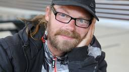 Andreas is een van de dakloze Polen die iedere maandag hulp krijgt op het station van Tilburg (foto: Karin Kamp).