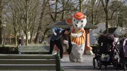 Een still uit de betreffende video (beeld: YouTube/StukTV).
