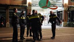 Politie aanwezig in Rijen (Foto: Jeroen Stuve / SQ Vision).