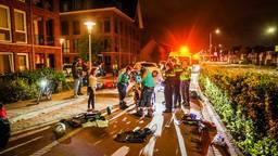 Een motorrijder is zaterdagnacht zwaargewond geraakt op de Leostraat in Eindhoven.