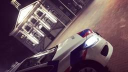 De politie greep in bij het café in Zundert, tegenover het gemeentehuis (foto: Facebook politie Weerijs)