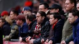 Voetbalkijken in het stadion