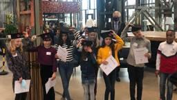 Rutte krijgt advies van Tilburgse kinderen: 'Hou de scholen open'. (Foto: Tonnie Vossen)