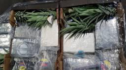 De coke tussen de ananassen (foto: OM)