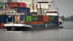 Binnenvaartschip op batterijen? Eerste exemplaar brengt bier naar Moerdijk